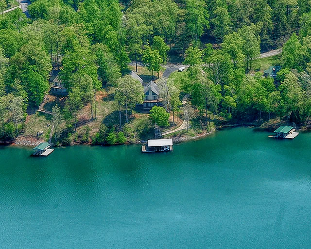 Cove Pointe Homes for Sale on Norris Lake - Lafollette, TN